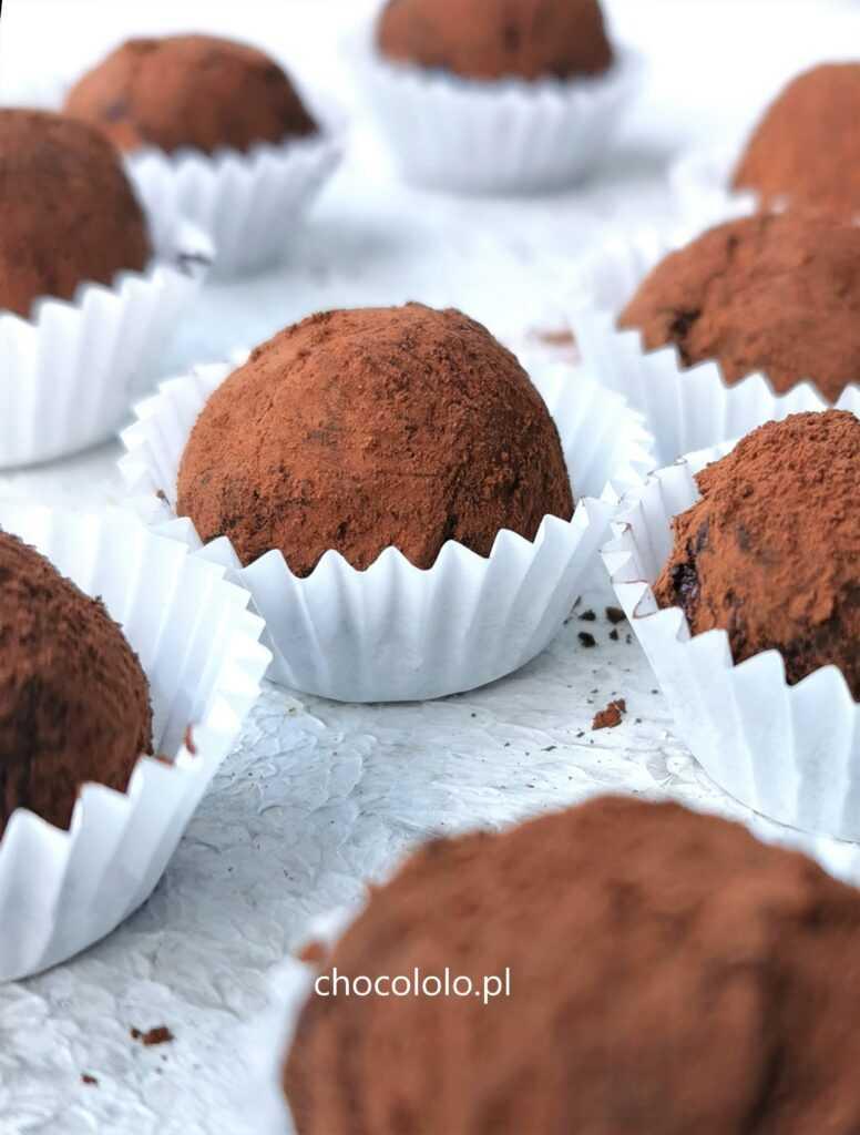 trufle czekoladowe z nalewką malinową 1aa