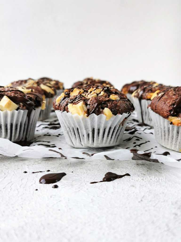 czekoladowe muffinki z białą czekoladą 1
