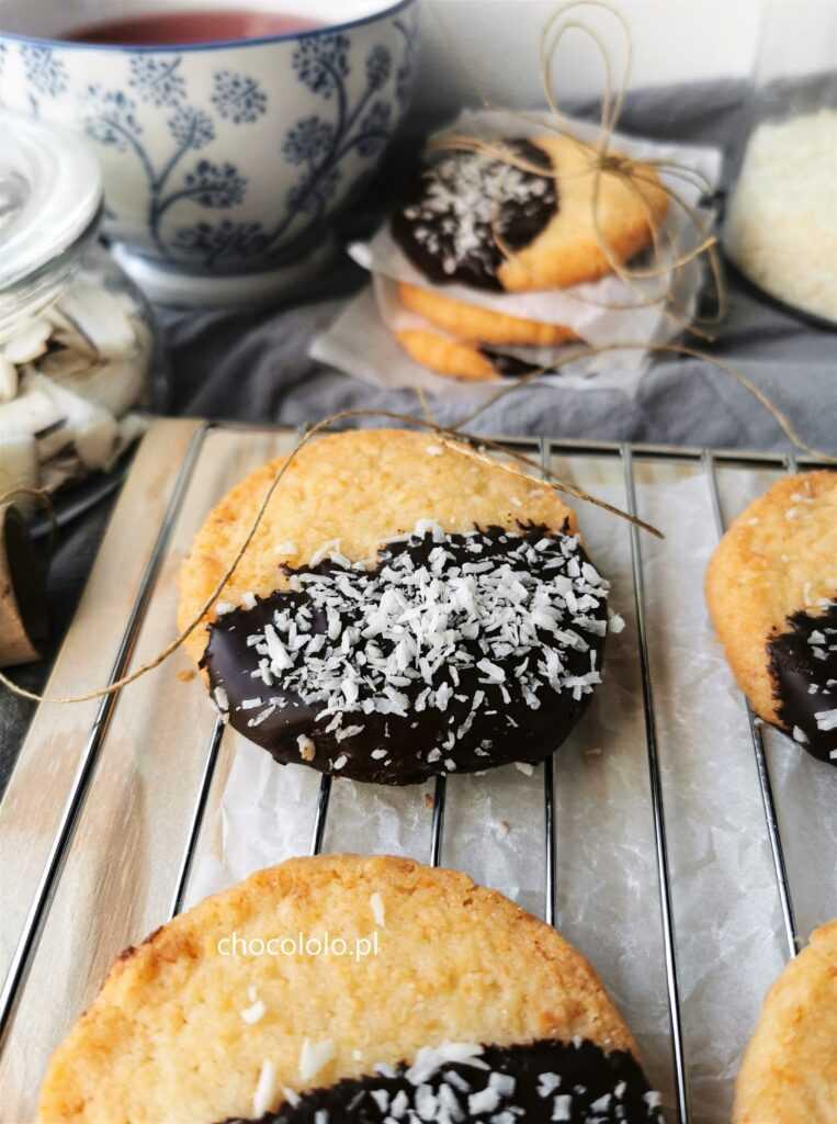maślane ciasteczka kokosowe z czekoladą 1a