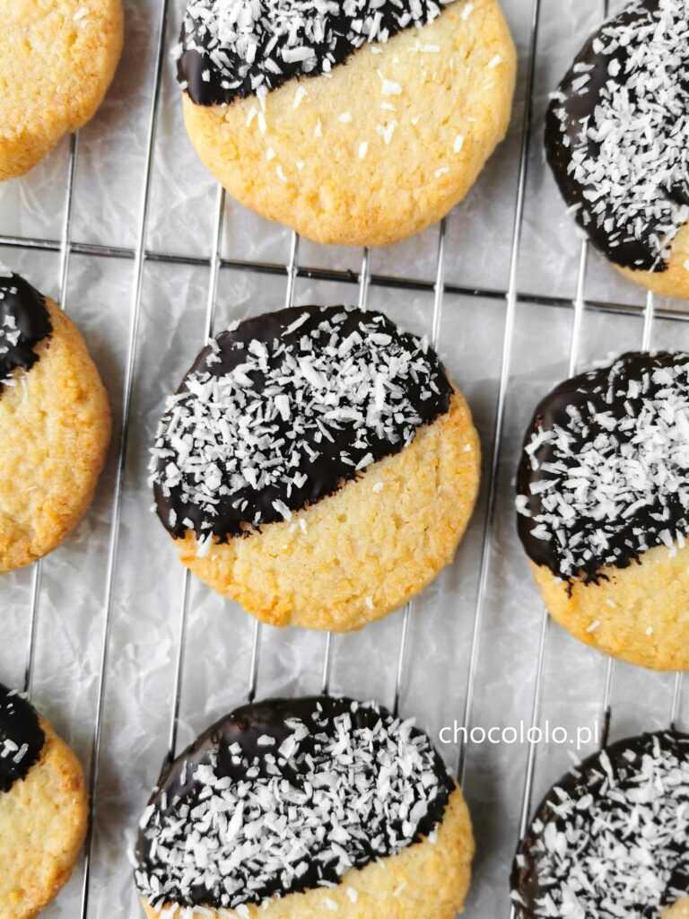 maślane ciasteczka kokosowe z czekoladą