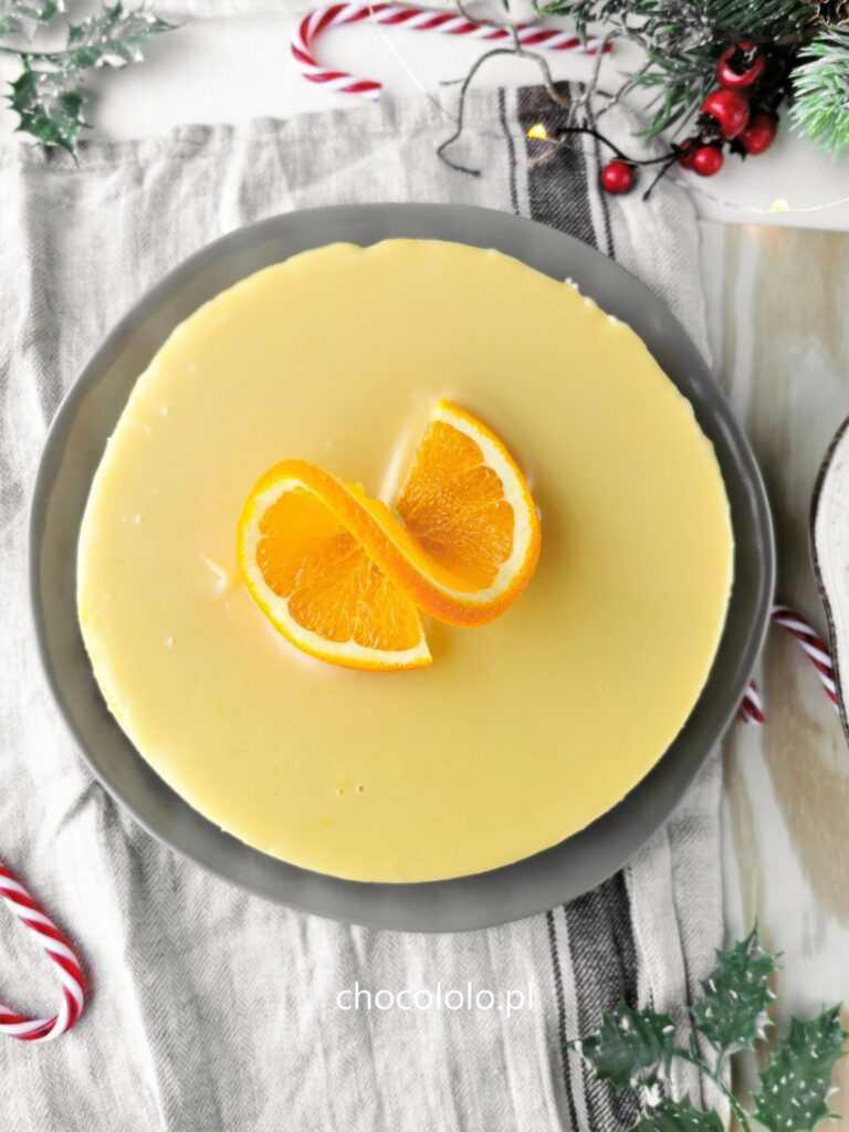 sernik pomarańczowy na spodzie brownie