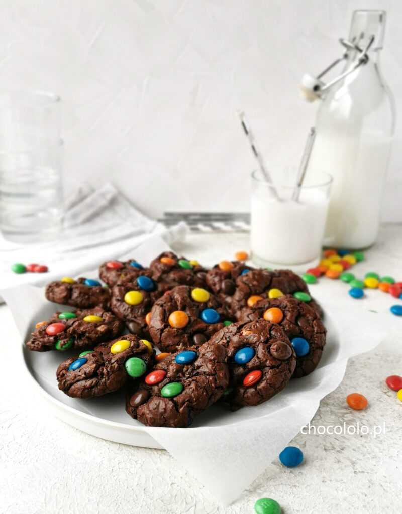 ciasteczka brownie z m&m's 1