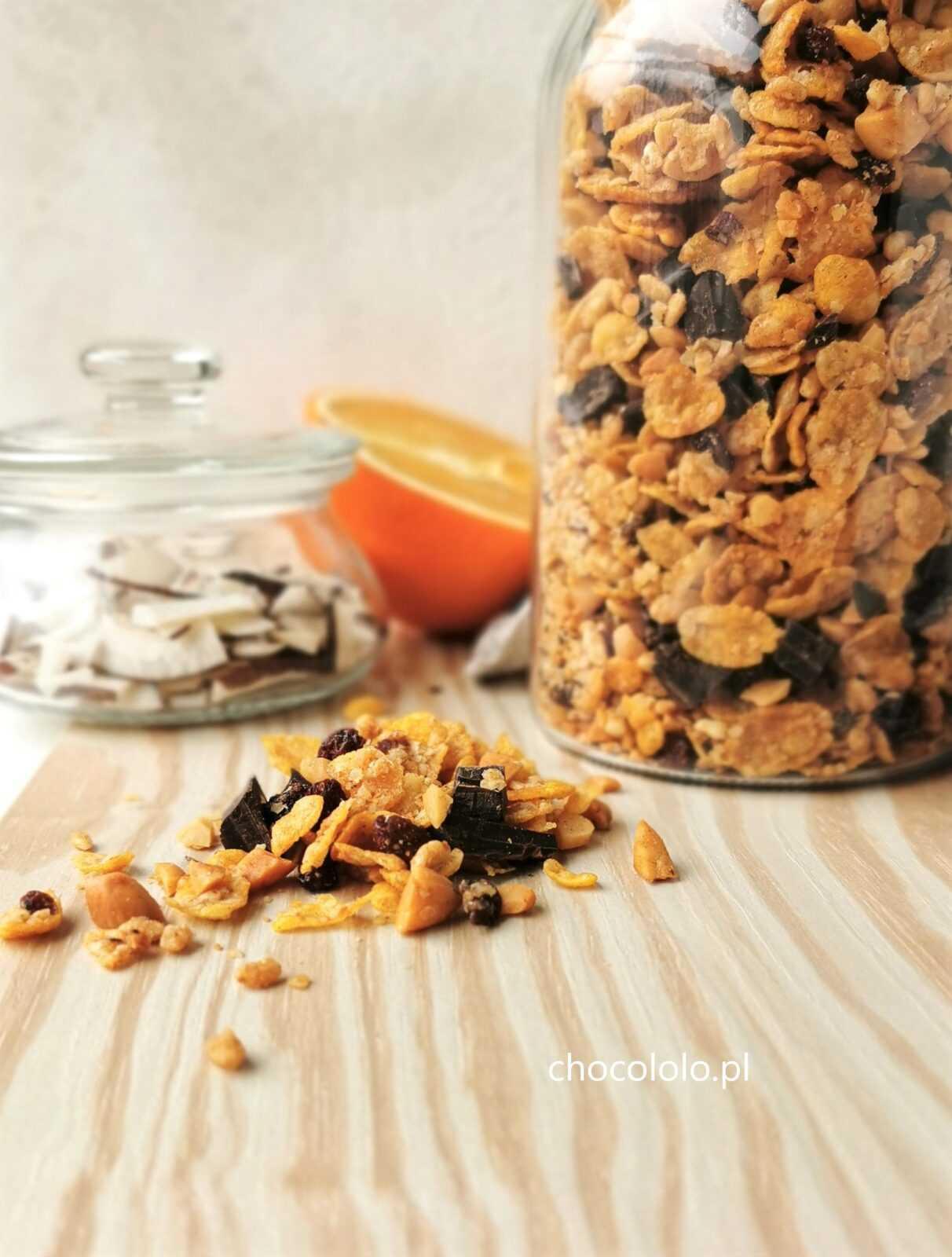 chrupiąca granola z czekoladą 1a