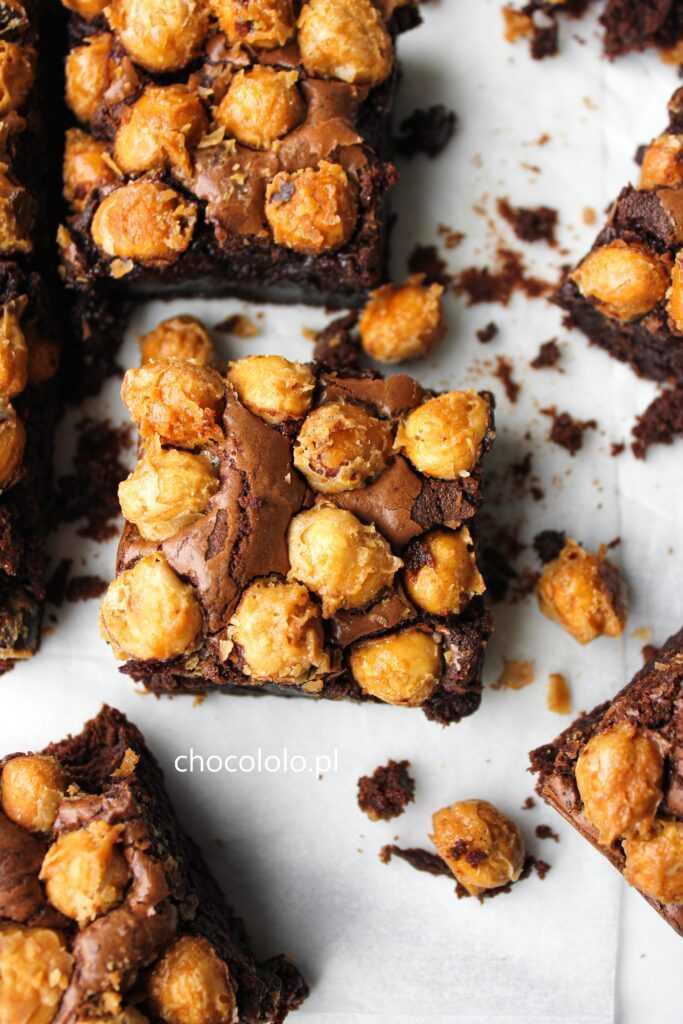 brownie chrupiący orzech
