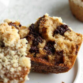 muffinki z czekoladą i kruszonką