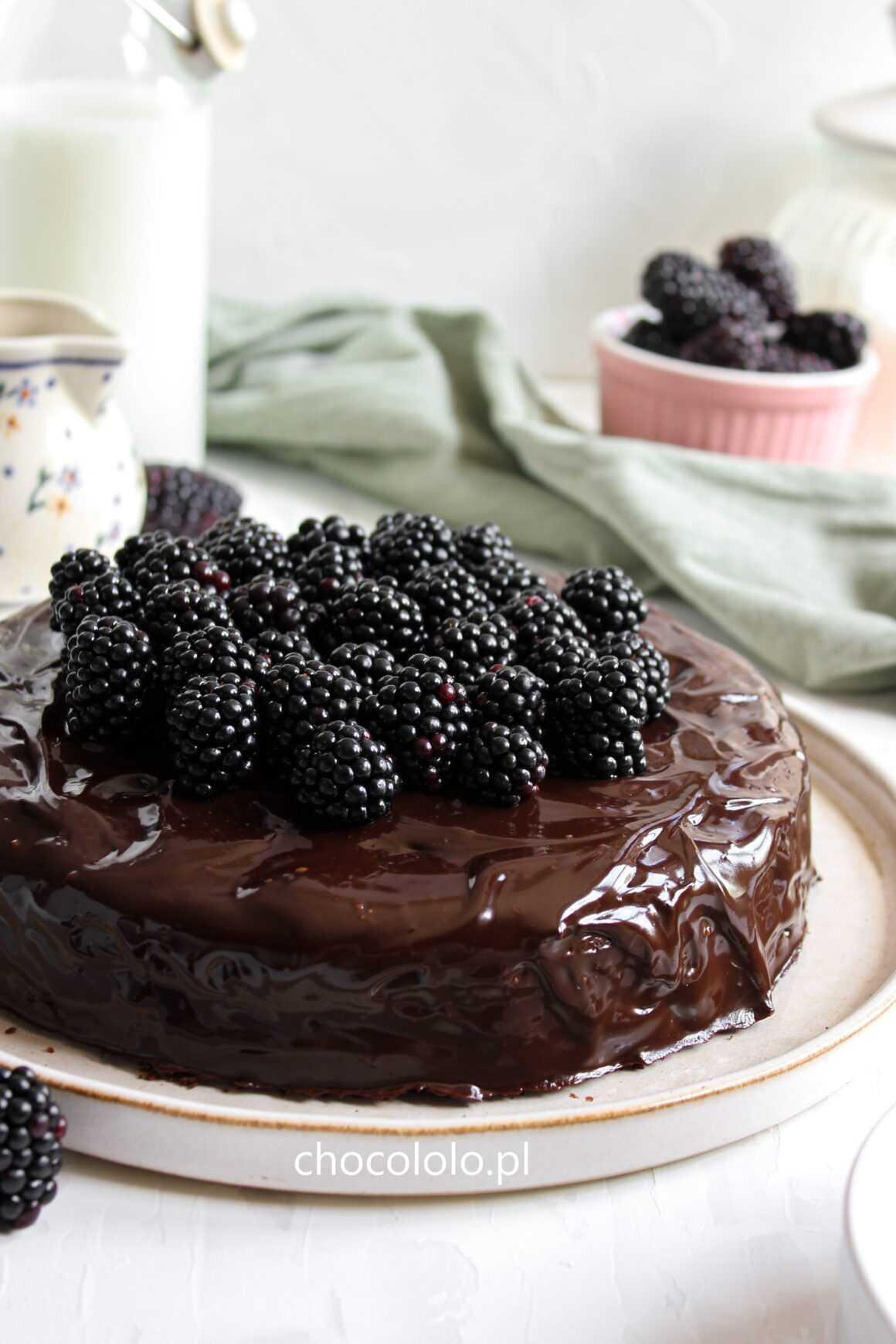 obłędnie czekoladowe ciasto migdałowe
