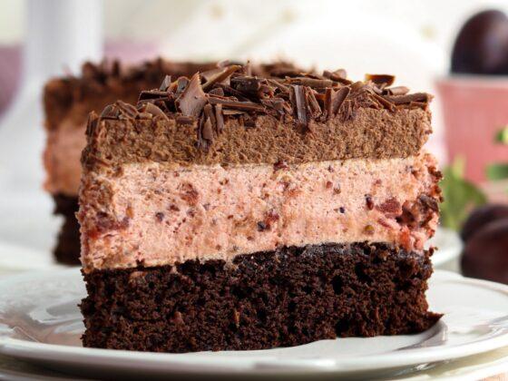 ciasto czekoladowe z musem śliwkowym